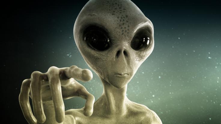 Eine 68-jährige Britin behauptet steif und fest, von Aliens entführt und geschwängert worden zu sein (Symbolbild). (Foto)