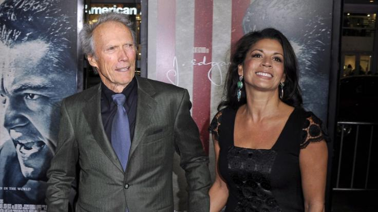 Clint Eastwood mit seiner Ex-Frau Dina. (Foto)