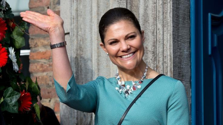 Kronprinzessin Victoria von Schweden ist überglücklich mit ihrer Familie. (Foto)