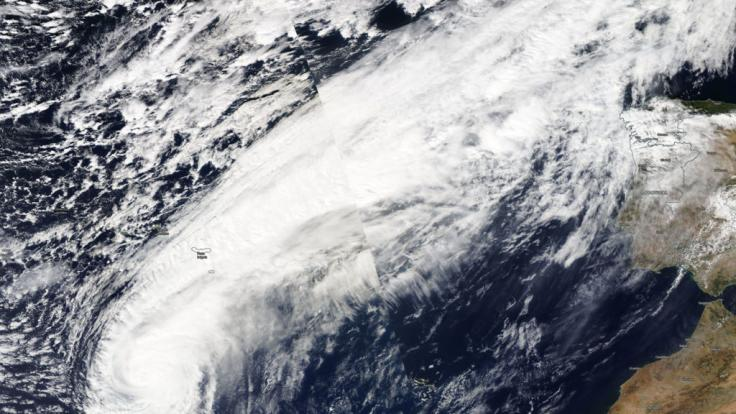 Ex-Hurrikan Leslie erreicht Europa.