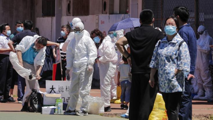 China meldet Dutzende neue Corona-Fälle in Peking.