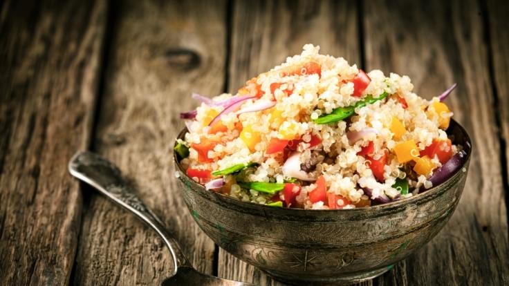 Getreide wie Couscous und Quinoa sind gesund.