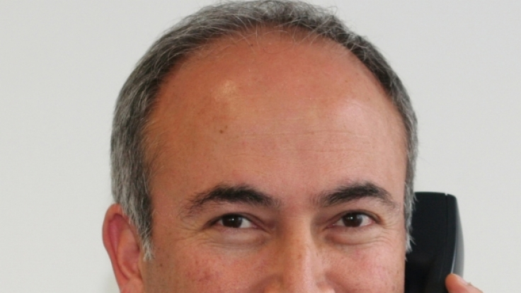 Dr. med. Reza Alamdar
