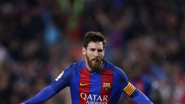 Lionel Messi schießt FC Barcelona zum Last-Minute-Siegt gegen Real Madrid. (Foto)