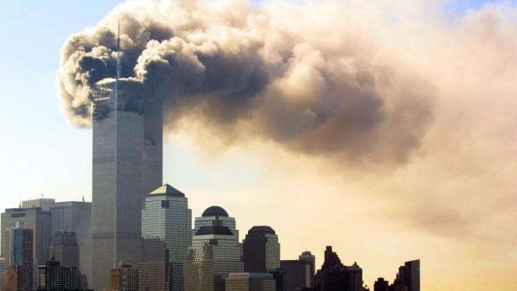 Auch 20 Jahre nach den Anschlägen vom 11. September kursieren noch immer die irrsten Verschwörungstheorien im Netz. (Foto)