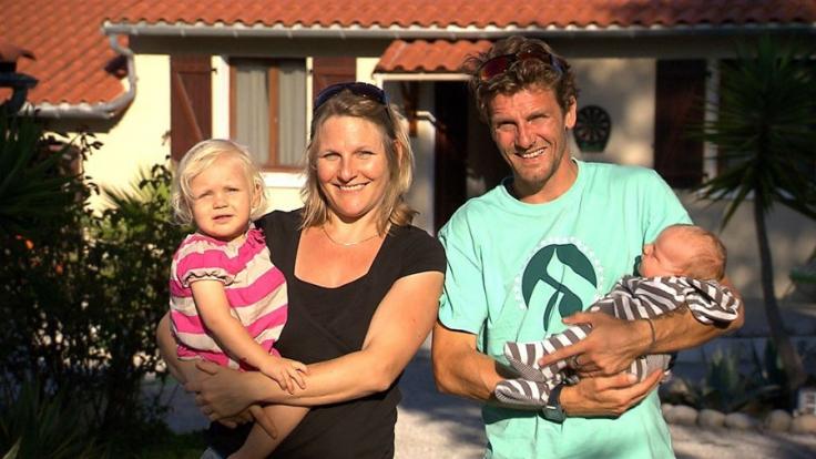 Familie Messerschmidt besitzt mehrere Surfcamps in Portugal, doch die Arbeit wird zunehmend zur Belastung. (Foto)