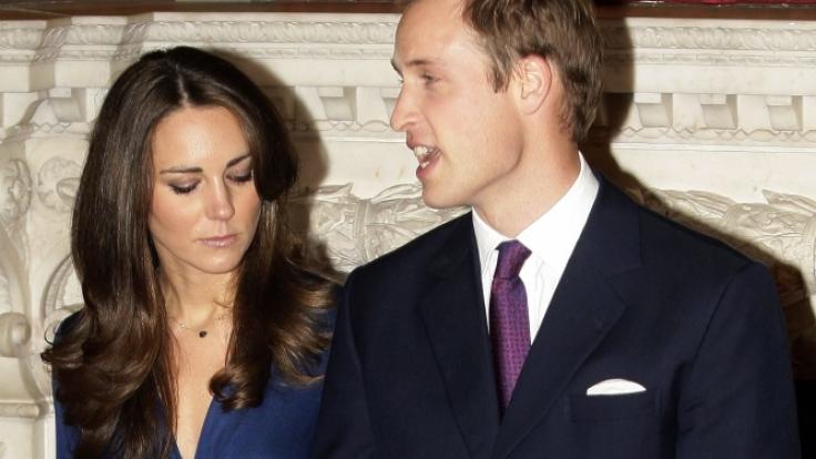Bei seiner Verlobung mit Kate Middleton vor gut sieben Jahren war Prinz William noch mit einer vollen Haarpracht gesegnet.
