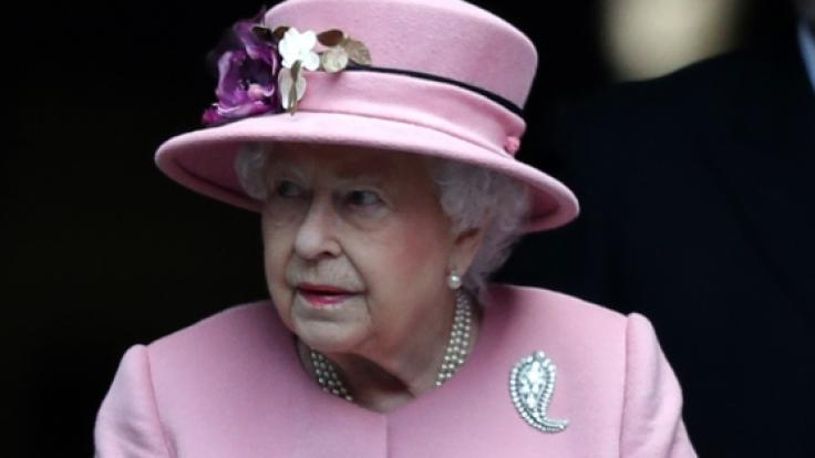 Ist in Sorge um eine enge Vertraute: Queen Elizabeth II. (Foto)
