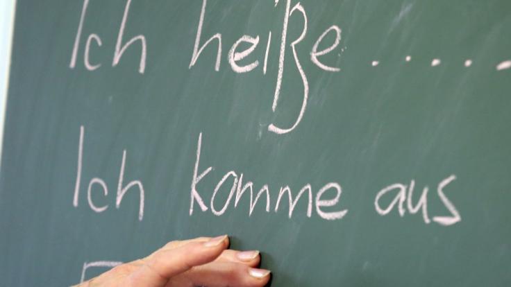 Zuwanderer sollen besser Deutsch lernen (Symbolbild)