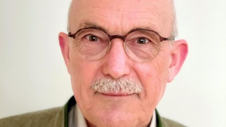 Dr. med. Ulrich Enzel ist Facharzt für Kinder- und Jugendmedizin mit Zusatzbezeichnung Allergologie sowie Autor von Fachpublikationen zum Thema Prävention u.a. im Bereich Impfwesen aus Heilbronn (Foto)