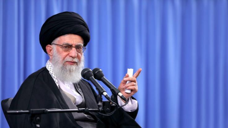 """Irans """"Oberster Führer"""" Ayatollah Ali Khamenei will sich offenbar an Trump rächen. (Foto)"""