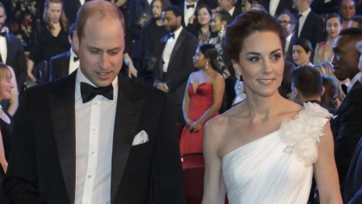 Prinz William und seine Frau Herzogin Kate von Cambridge bei der72. BAFTA-Preisverleihung in der Royal Albert Hall.
