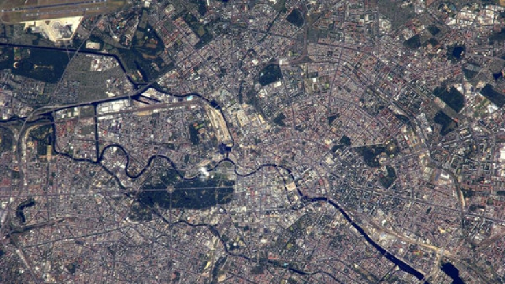 Die deutsche Hauptstadt macht von oben einen eher ungrünen Eindruck. (Foto)