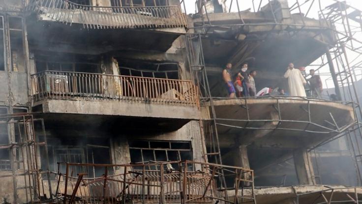 Ein Selbstmordattentäter hat am 3. Juli in der irakischen Hauptstadt Bagdad über 200 Menschen in den Tod gerissen. (Foto)