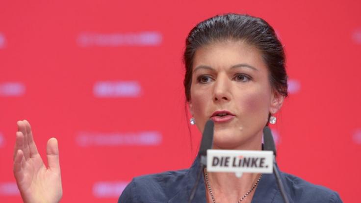 Rot, roter, Sahra Wagenknecht? Mit diesem Image muss sich die Linken-Führerin zumindest nicht mehr rumschlagen.