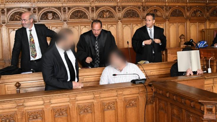 Das Landgericht Bremen verurteilte drei Männer wegen Todschlags.