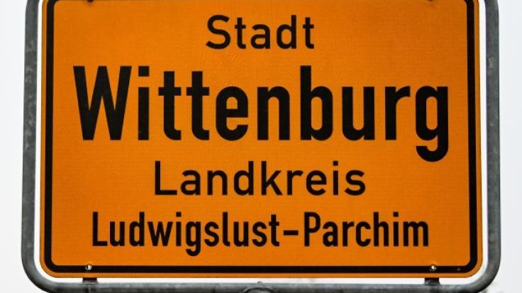 Nach dem Mord an einem 85 Jahre alten Rentner in Wittenburg (Mecklenburg-Vorpommern) ist ein abgelehnter Asylbewerber aus Afghanistan tatverdächtig. Der 20-Jährige wurde festgenommen. (Foto)