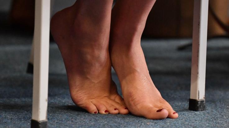 Problemzone enttarnt? Meghan Markle hasst es angeblich, wenn ihre Füße fotografiert werden. (Foto)