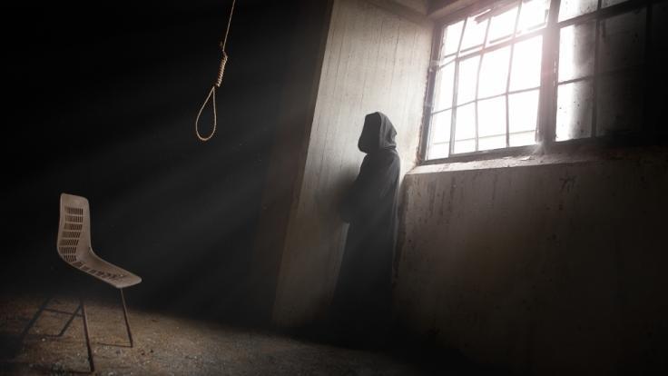 dark erotik die todesstrafe durch erhängen
