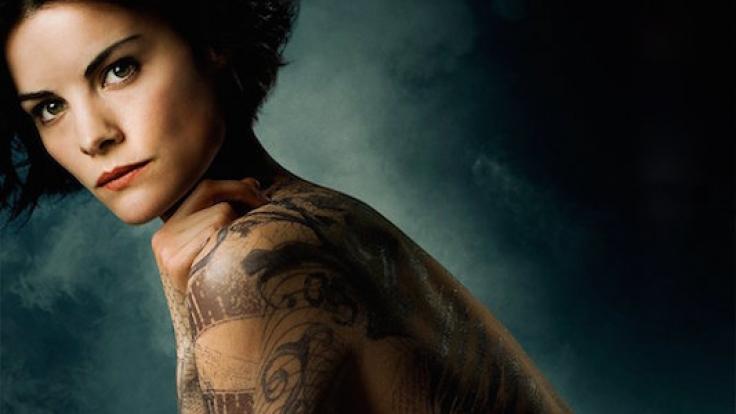 """Schöne Unbekannte: In """"Blindspot"""" ist Jaimies Körper mit Tattoos bedeckt. (Foto)"""