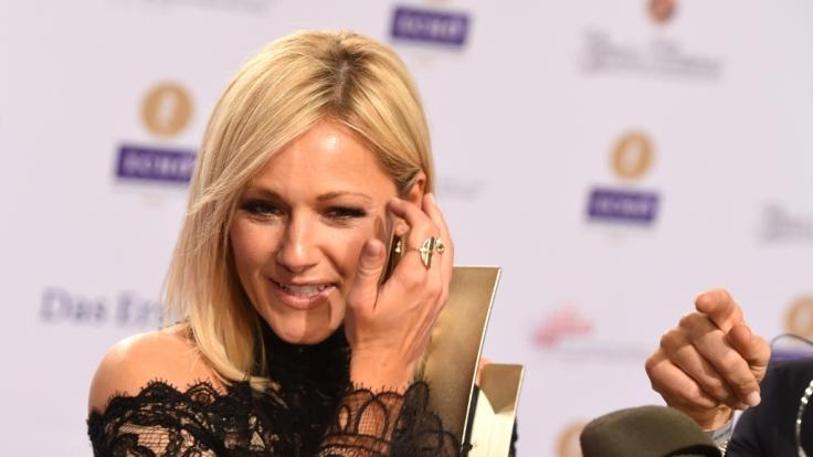 Helene Fischer wird von Schauspieler Hannes Jaenicke kritisiert.
