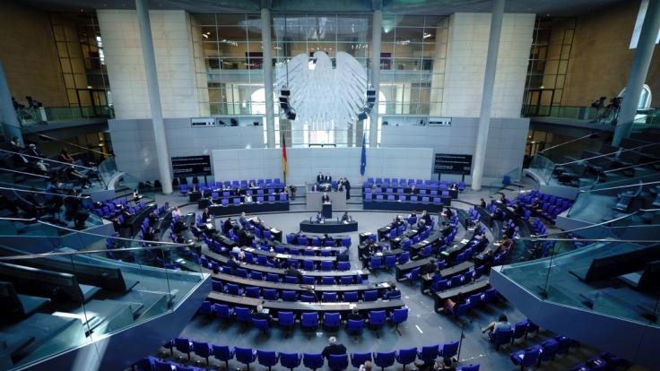 Heute hat der Bundestag für die Verlängerung der epidemischen Lage gestimmt.