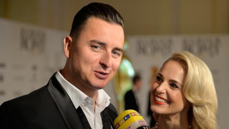 Andreas Gabalier bei einem gemeinsamen Auftritt mit Freundin Silvia Schneider. (Foto)