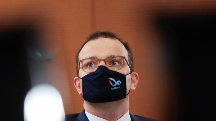 Jens Spahn hat sich mit dem Coronavirus infiziert. (Foto)