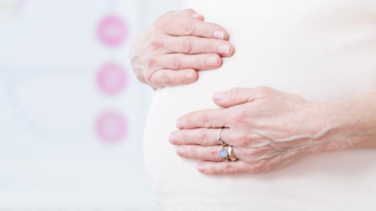 Eine Leihmutter aus Großbritannien will mit 52 Jahren noch einmal schwanger werden. (Foto)