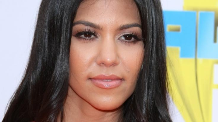 Kourtney Kardashian zeigt sich bei Instagram wieder hüllenlos. (Foto)