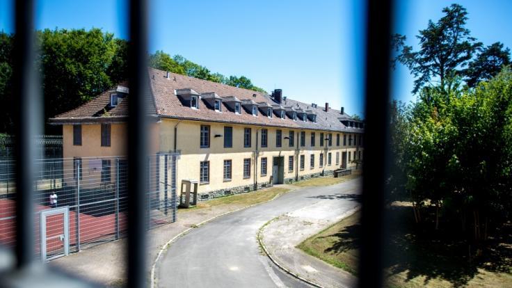 Die Außenstelle der Justizvollzugsanstalt Hannover in Langenhagen. (Foto)