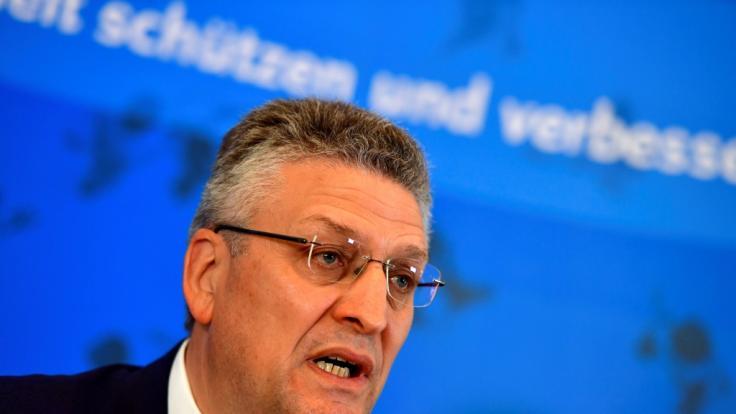 Lothar Wieler spricht in einer RKI-Pressekonferenz über die aktuelle Corona-Lage. (Foto)