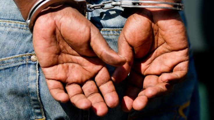Ein Stiefvater hat einen 5-Jährigen totgeprügelt. (Foto)