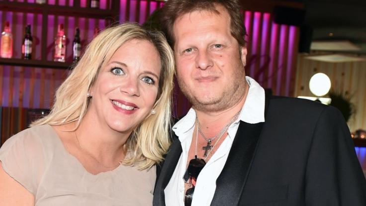 """Daniela und Jens Büchner haben ihre Kinder für das """"Sommerhaus der Stars"""" allein gelassen. (Foto)"""