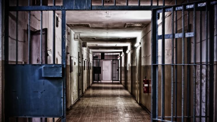 Durch die Gänge eines alten Gefängnisses soll der Geist des toten SchauspielersLeslie Grantham spuken. (Foto)