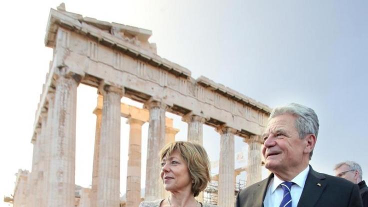 Seit 2000 sind Daniela Schadt und Joachim Gauck, hier bei einem Staatsbesuch in Griechenland, ein Paar.