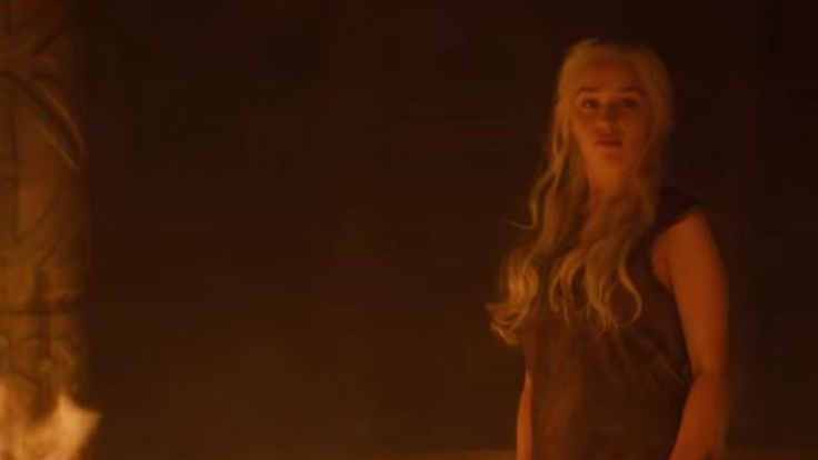 GoT-Spoiler! In dieser Szene macht Daenerys Targareyn (Emilia Clarke) mit den Anführern der Dothraki kurzen Prozess. (Foto)