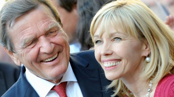 Gerhard Schröder und Doris Schröder-Köpf verstehen sich immer noch gut. (Foto)