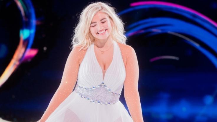 """Plus-Size-Model Sarina Nowak, hier bei """"Dancing On Ice"""", weiß ihre weiblichen Reize perfekt in Szene zu setzen. (Foto)"""