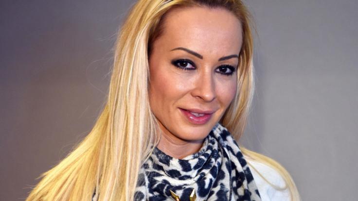Cora Schumacher liegt im Krankenhaus.