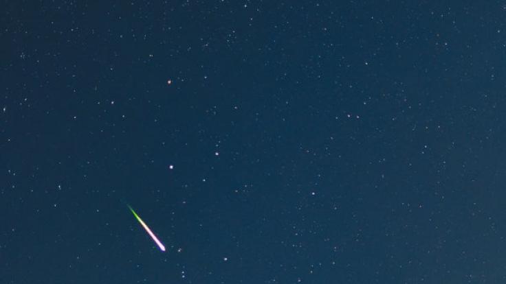 Bis zu 120 Sternschnuppen sollen pro Stunde in der kommenden Nacht aufflammen. (Foto)