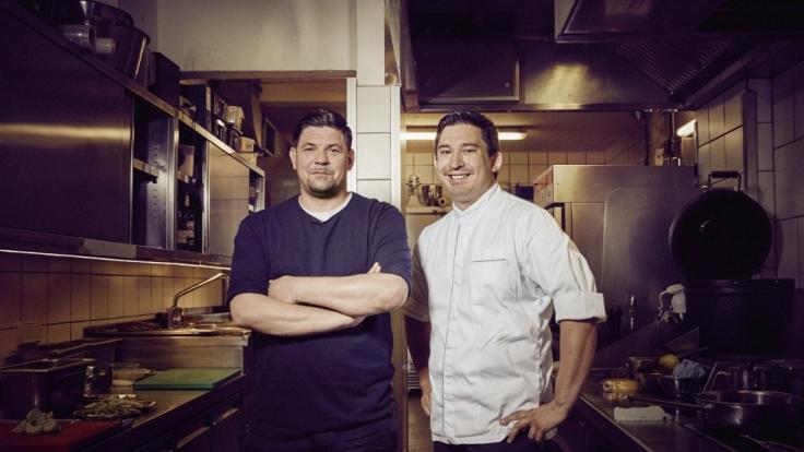 """Bei """"Kitchen Impossible"""" trifft Tim Mälzer (l.) auf Tohru Nakamura. (Foto)"""