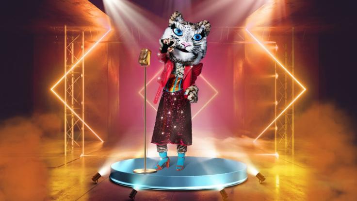 """Der Tiger ist das Bonus-Kostüm bei """"The Masked Singer"""" 2021 - doch wer verbirgt sich in dem glamourösen Raubkatzen-Kostüm? (Foto)"""