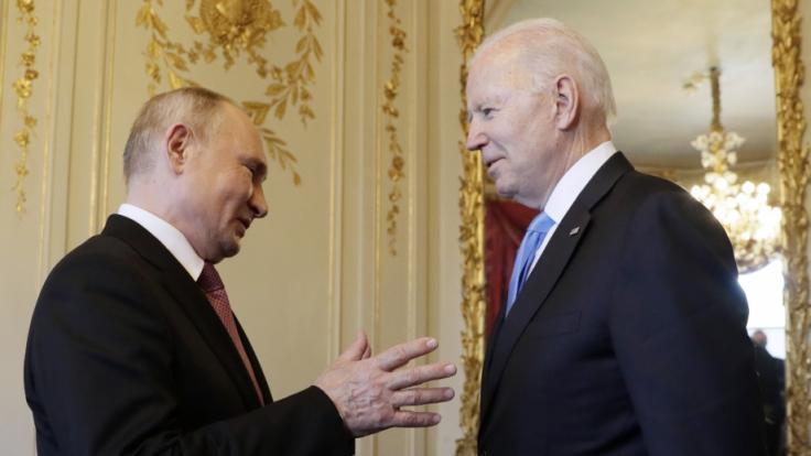 Putin (links) und Biden trafen sich zuletzt in Genf. (Foto)