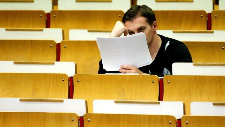 Studienort am falschen Platz? Wer über einen Uniwechsel nachdenkt, sollte sich vorher genau erkundigen, welche Leistungen anerkannt werden. (Foto)