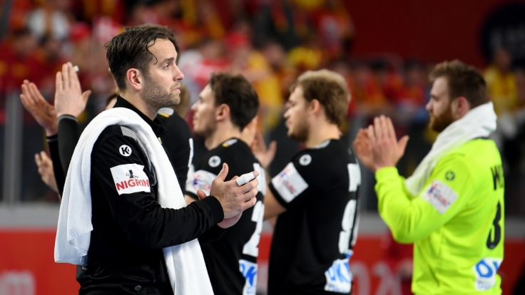 Im Spiel gegen Polen testen die deutschen Handballer für die WM im eigenen Land.