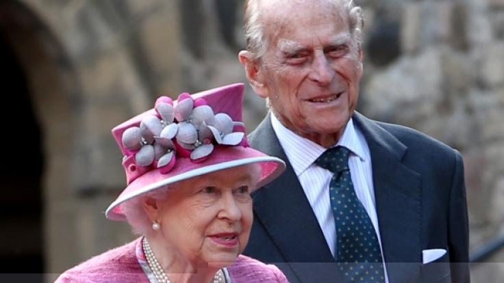 Queen Elizabeth II. und Prinz Philip haben sich vorsorglich auf Schloss Windsor eingeigelt, um dem Coronavirus zu entgehen. (Foto)
