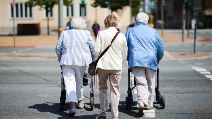 Wird der Rentenbeitrag bald steigen? (Foto)