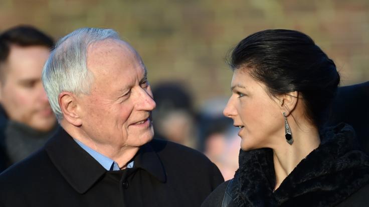 Seit 2014 ist Oskar Lafontaine mit Sahra Wagenknecht verheiratet.