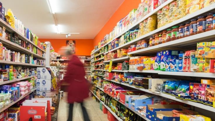 Die Bundesregierung fordert Deutsche dazu auf, Lebensmittel auf Vorrat zu kaufen. (Symbolbild)